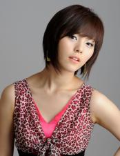 SUNYE (Leader & Main Vocals)